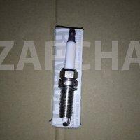 свеча зажигания мотор d4f, оригинал, 224018760r, цена за шт.