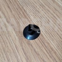 пистон подкрылка renault logan sandero duster, оригинал, 7703081056, цена за шт