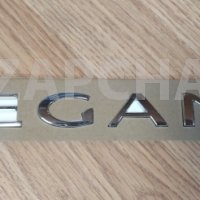 эмблема крышки багажника renault megane 3, оригинал, 908890003r 908897337r