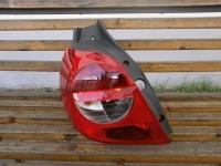 фонарь задний правый левый renault clio 3, оригинал, 8200459960 8200459962, цена за шт.